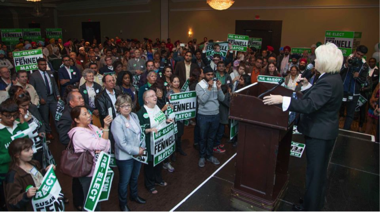 1,000 Supporters Rally for Fennell